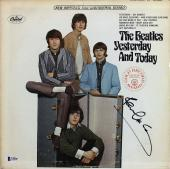 Paul McCartney The Beatles Signed Yesterday & Today Album Cover BAS #A10828