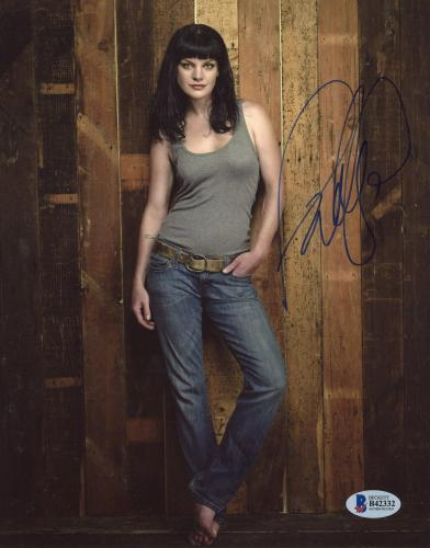 """Pauley Perrette Autographed 8"""" x 10"""" Posing with Tank Top Photograph - Beckett COA"""