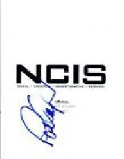 Pauley Perrette Signed Autographed NCIS Pilot Episode Script COA VD