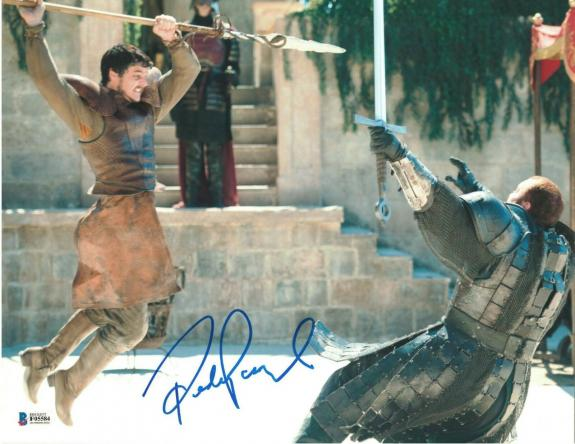 Pedro Pascal Signed 11x14 Photo Game Of Thrones Beckett Bas Autograph Auto E