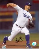 Brad Penny Los Angeles Dodgers Autographed 8'' x 10'' Pitching Photograph - Mounted Memories