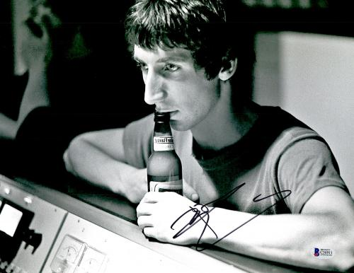 """Pete Townshend Autographed 11"""" x 14"""" The Who Drink Beer Photograph - BAS COA"""