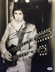 Pete Townshend Signed 11x14 Photo *The Who* PSA AC59364