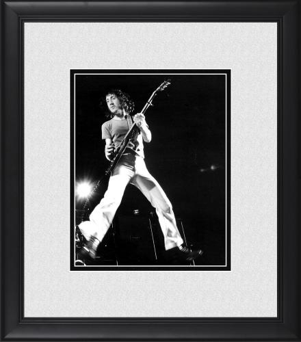 """Pete Townshend The Who Framed 8"""" x 10"""" Mid-Jump Photograph"""