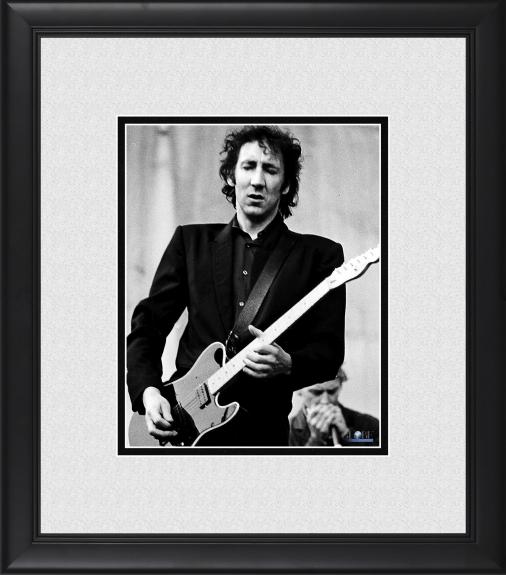 """Pete Townshend The Who Framed 8"""" x 10"""" Playing Guitar Photograph"""