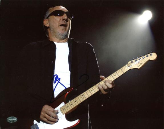Pete Townshend The Who Signed 11X14 Photo Autographed PSA/DNA #J70929