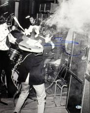 Pete Townshend The Who Signed 16X20 Photo Autographed BAS #B41324