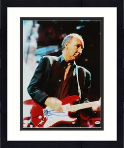 Pete Townshend The Who Signed 16X20 Photo Autographed PSA/DNA #U70573