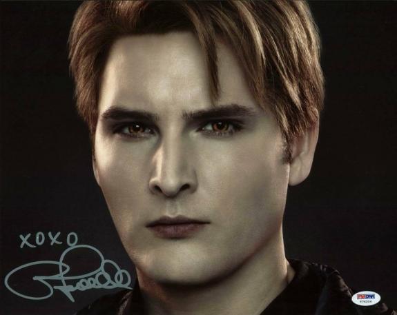 Peter Facinelli Twilight Signed 11X14 Photo PSA/DNA #T76204