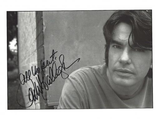 """PETER GALLAGHER - Starred as SANDY COHEN in TV Series """"THE O.C."""" - Also in many Movies Including """"WHILE YOU WERE SLEEPING"""", and """"MR. DEEDS"""" Signed 10x8 B/W Photo"""