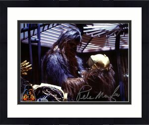 "PETER MAYHEW Signed STAR WARS ""CHEWBACCA"" 8x10 Photo OPX BECKETT BAS #H24517"