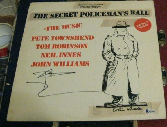 Peter Townsend The Who Signed Autographed 1979 Secret Policemans Ball Album Bas