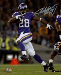Adrian Peterson Autographed Photo - 8x10