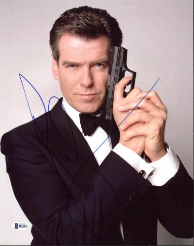 Pierce Brosnan James Bond 007 Signed 11X14 Photo BAS #B73892