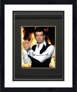 Pierce Brosnan signed James Bond 007 11X14 Photo Custom Framing (Full Sig-Vest w/ Gun)- Beckett Holo #C65493