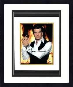 Pierce Brosnan signed James Bond 007 11X14 Photo Custom Framing (Full Sig-Vest w/ Gun)- Beckett Holo #C65493