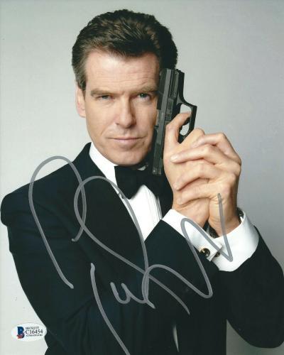 Pierce Brosnan Signed James Bond:Tomorrow Never Dies 8x10 Photo BAS C16454