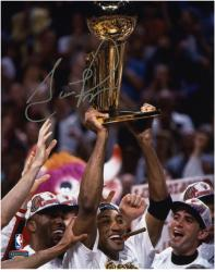 "NBA Chicago Bulls Scottie Pippen Autographed 8"" x 10"" Photo Holding Trophy - Mounted Memories"