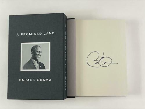 """President Barack Obama Signed Autograph """"a Promised Land"""" Deluxe Edition Book ."""