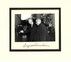 President Dwight Eisenhower Signed Autographed 6x8 Photograph Beckett BAS