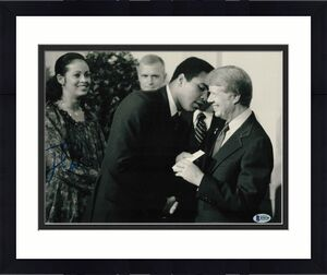 President Jimmy Carter Signed 11x14 Photo Democrat Beckett Bas Autograph Auto D