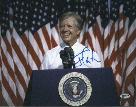 PRESIDENT JIMMY CARTER SIGNED AUTOGRAPH 11x14 PHOTO - 39, ROSALYNN, BECKETT, BAS