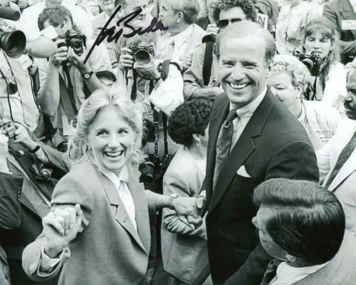 President Joe Biden Signed Autograph 8x10 Photo - W/ Jill On The Campaign Trail