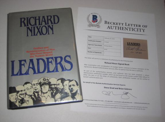 President RICHARD NIXON Signed LEADERS Hardcover Book w/ Beckett LOA - 1st Print