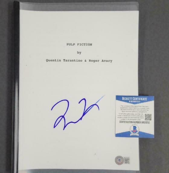 Quentin Tarantino signed Pulp Fiction Full Movie Script (A) ~ Beckett BAS COA