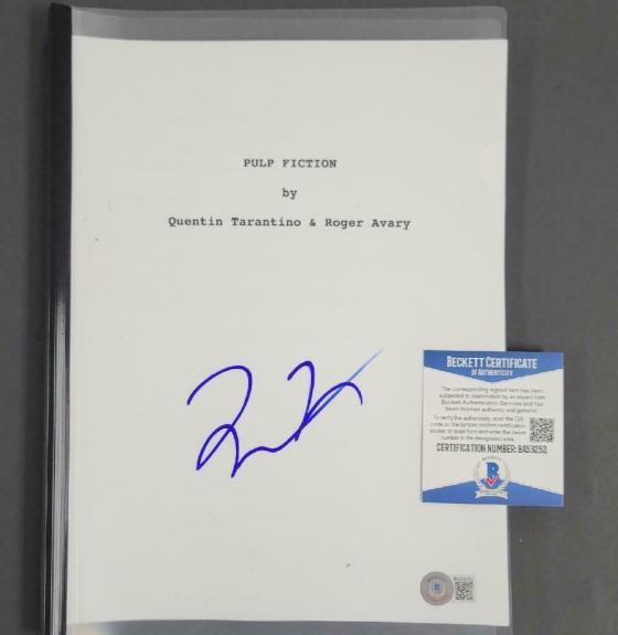 Quentin Tarantino signed Pulp Fiction Full Movie Script (C) ~ Beckett BAS COA