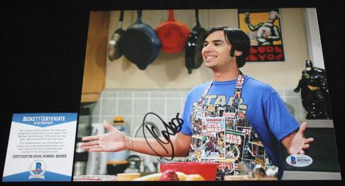 RAJ KOOTHRAPPALI Kunal Nayyar signed 8 x 10, Big Bang Theory, Beckett BAS B92969