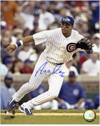 Aramis Ramirez Chicago Cubs Autographed 8'' x 10'' Fielding Photograph - Mounted Memories