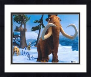 Ray Romano Signed Ice Age 8x10 Photo Beckett C17290