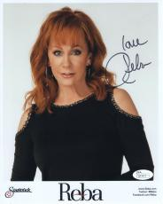 REBA MCENTIRE HAND SIGNED 8x10 COLOR PHOTO      BEAUTIFUL COUNTRY SINGER    JSA