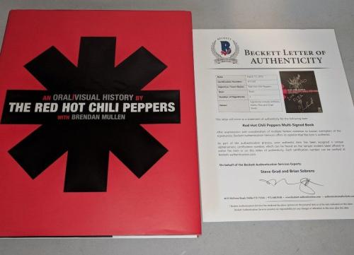 """RED HOT CHILI PEPPERS RHCP signed autographed """"ORAL & VISUAL"""" BOOK BECKETT LOA"""