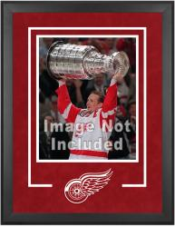 "Detroit Red Wings Deluxe 16"" x 20"" Vertical Photograph Frame - Mounted Memories"