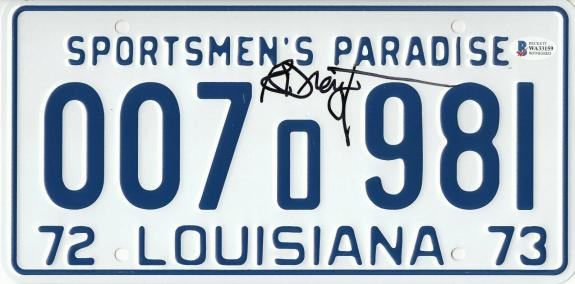 Richard Dreyfuss Autographed Jaws Signed License Plate Prop Beckett Bas Com 53