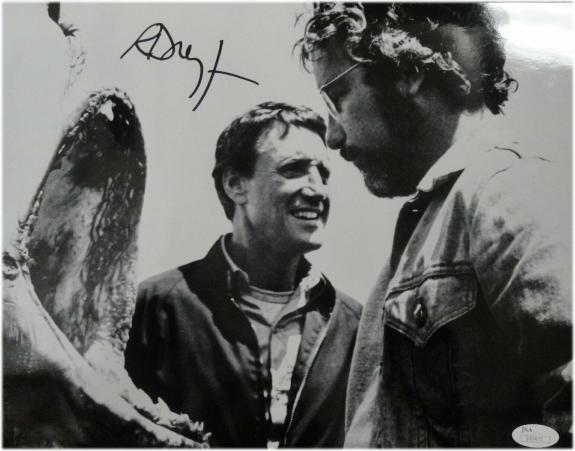 Richard Dreyfuss Signed Autographed 10X15 Photo Jaws Classic Movie  JSA