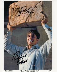 RICHARD KIEL HAND SIGNED 8x10 PHOTO+COA     BEST POSE EVER   JAWS   JAMES BOND