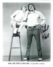 RICHARD KIEL HAND SIGNED 8x10 PHOTO+COA          GREAT POSE WITH DICK VAN DYKE