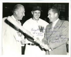 Richard Nixon Signed Photo 8x10 Autographed To Roy Sievers JSA Z31987