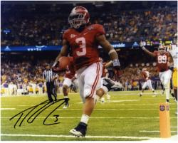 Trent Richardson Alabama Crimson Tide 2011 BCS Title Game Autographed 8'' x 10'' Photograph - Mounted Memories