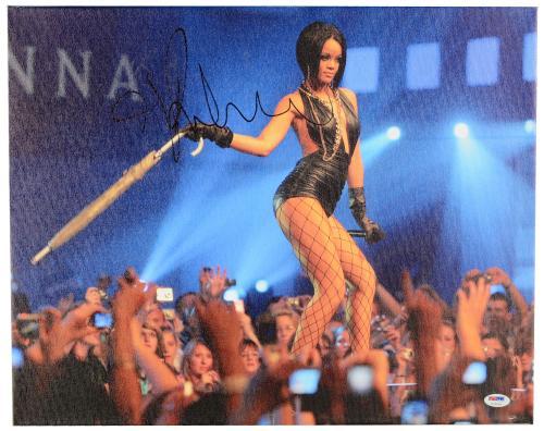 """Rihanna Autographed 16""""x 20"""" Stretched Canvas - BAS COA"""