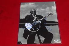 R.I.P. BB KING blues legend signed PSA/DNA 11X14 photo LOA