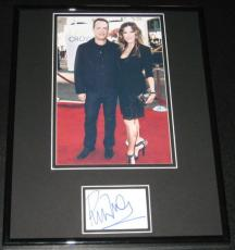 Rita Wilson Signed Framed 11x14 Photo Display JSA w/ Tom Hanks
