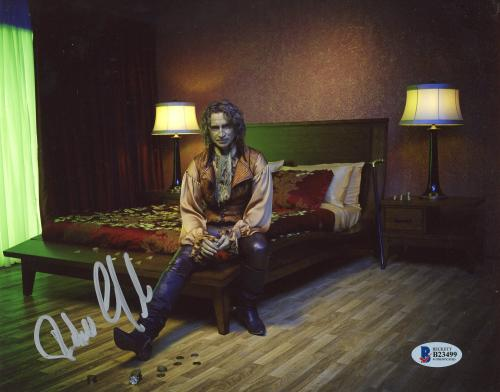 """Robert Carlyle Autographed 8"""" x 10"""" Once Upon A Time Sitting On Bed Photograph - Beckett COA"""