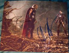 "Robert Downey Jr & Chris Hemsworth Signed Autograph ""avengers"" 8x10 Fight Photo"