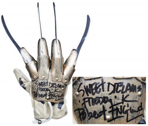 """Robert Englund """"Sweet Dreams"""" Signed Deluxe Freddy Krueger Glove BAS Witnessed 1"""