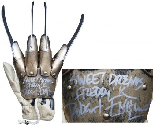 """Robert Englund """"Sweet Dreams"""" Signed Deluxe Freddy Krueger Glove BAS Witnessed 2"""