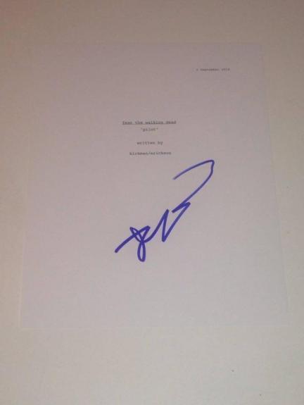 Robert Kirkman Signed Fear The Walking Dead Pilot Episode Full 55 Page Script